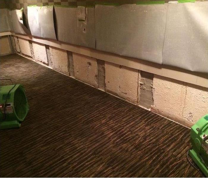 Nashville Motel Lobby and Mold Remediation Before